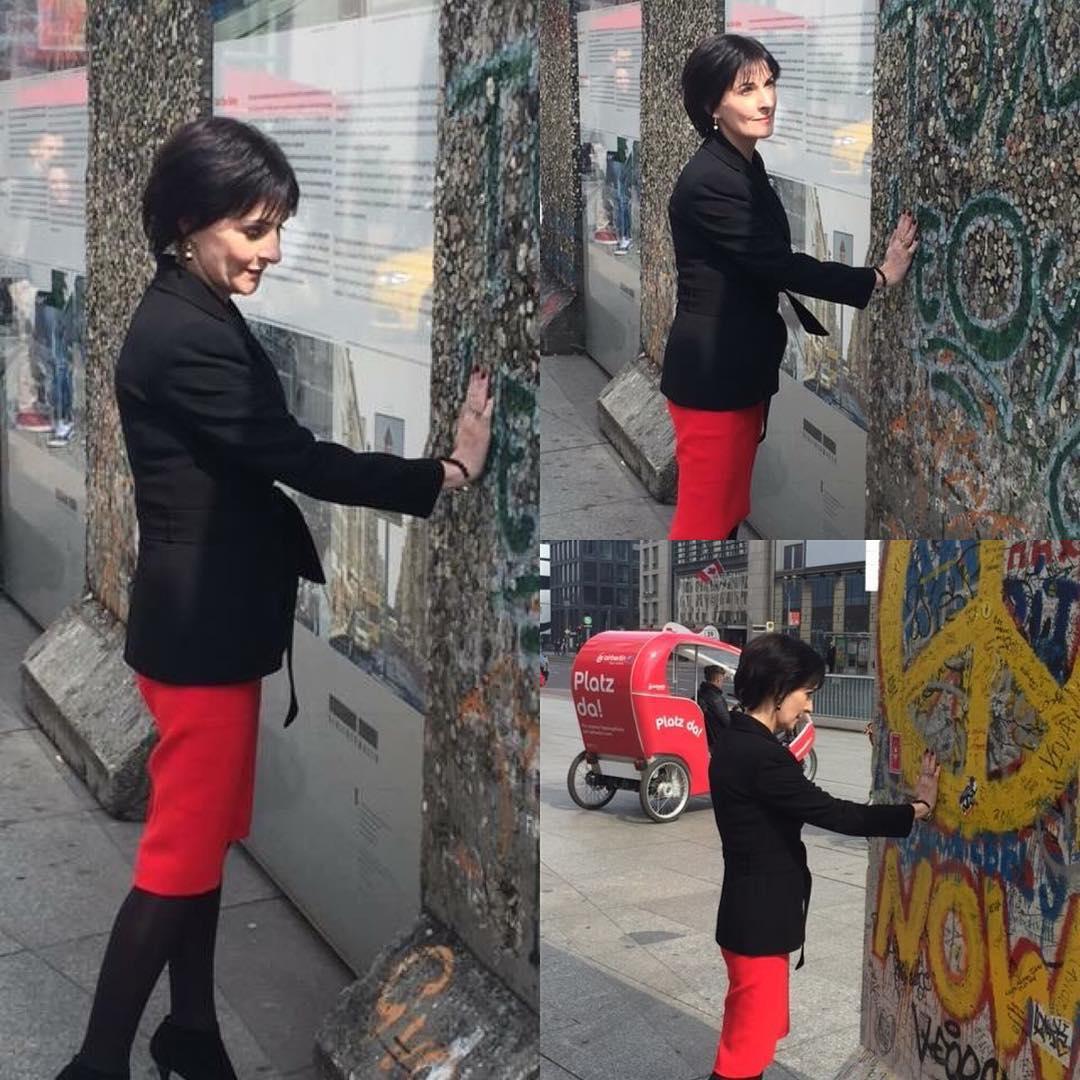 Enya Visiting Berlin Enyablues