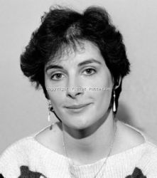 Enya Ni Bhraonain, singer, composer, film scorist, 15.11.1986 (photo by Victor Patterson)